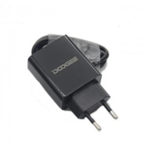 Síťová nabíječka Doogee pro S60/BL5000/BL7000 + USB kábel